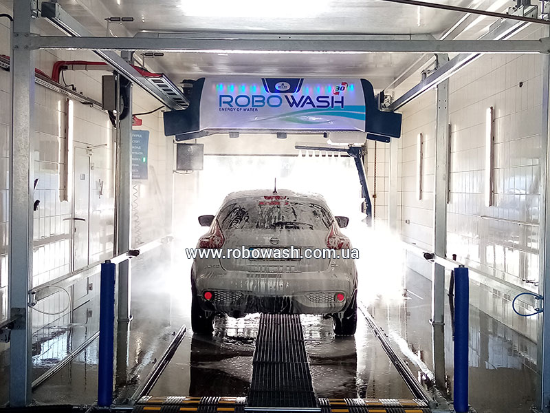 Автоматическая бесконтактная мойка робот Robowash на автомойке Socar Одесса